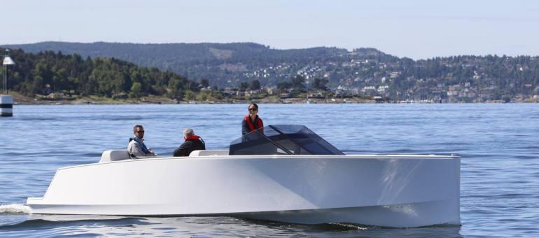 Elektrisk båt trekker oppmerksonhet